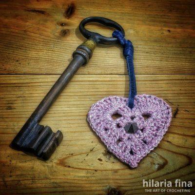Crochet heart Rebeca pattern