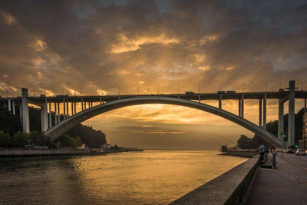 Oporto Puente Río Duero